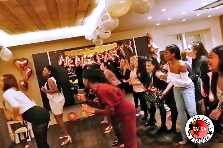 Hire Hen's Party ,Dance Class , Dance Events , Party and Wedding Dance